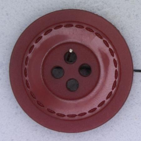Ref000374 Botón Redondo en color burdeos