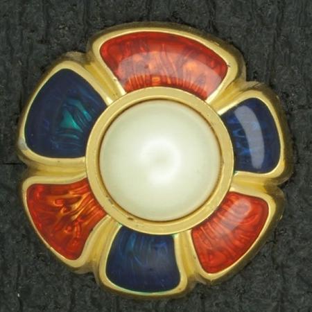 Ref001064 Botón Redondo, Flor en colores naranja y  verde y  dorado y  blanco