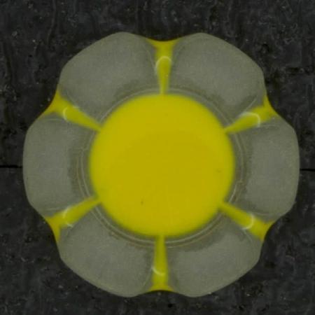 Ref002845 Botón redondo, flor en colores amarillo y blanco